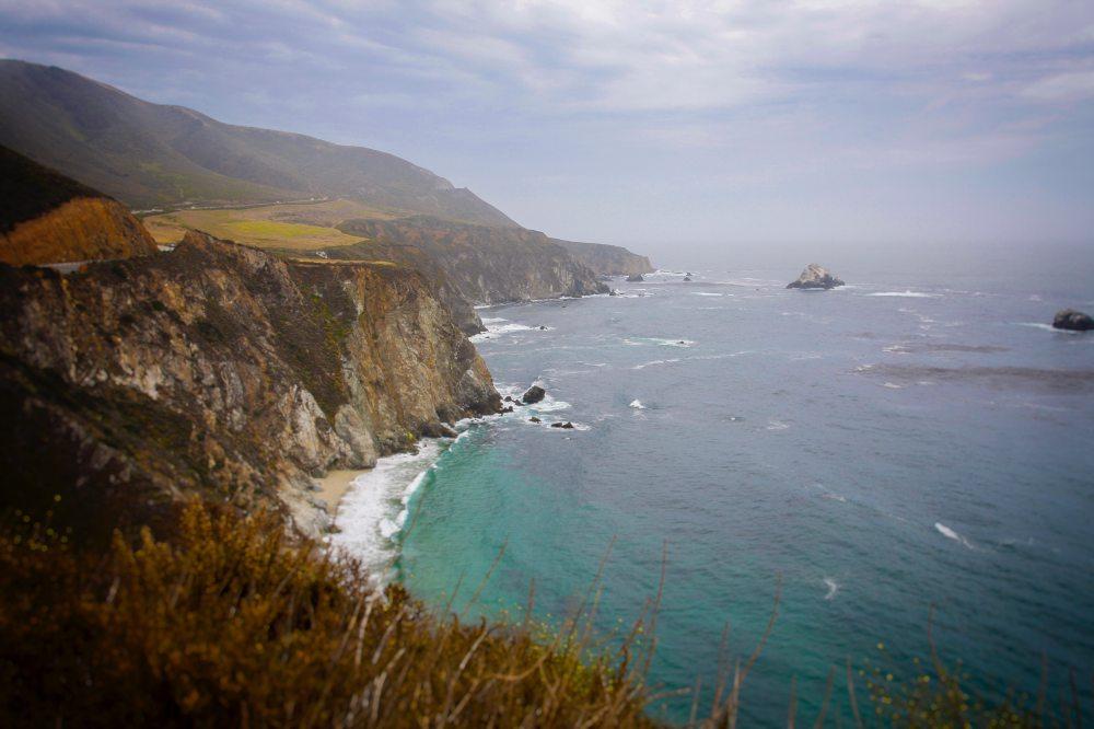 cliff-coast-fog-1643580.jpg